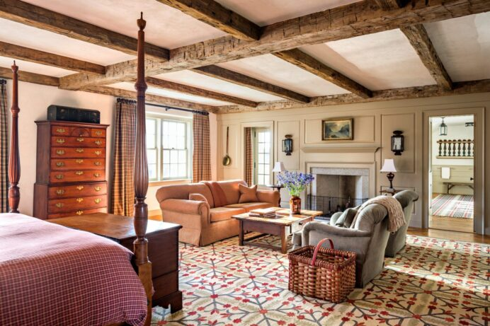 Cabin Style Bedrooms Inspired by a Rustic Getaway COTTAGE CABIN AND COTTAGE DECORATING