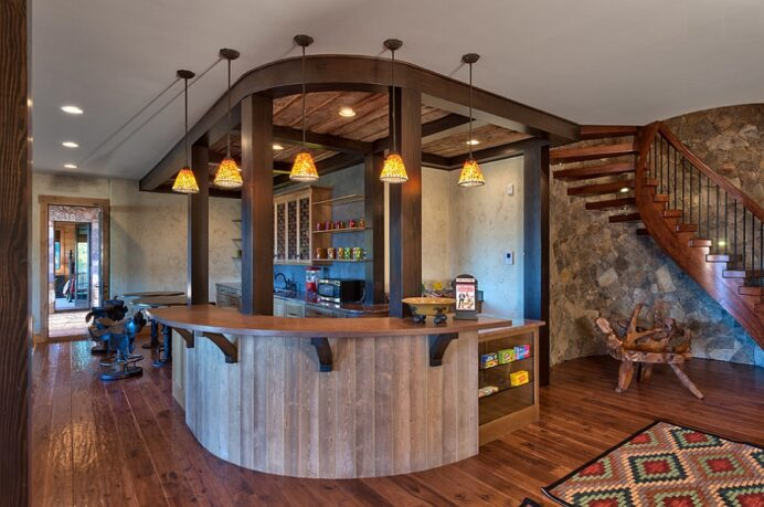 Smart-basement-bar-makes-perfect-use-of-the-available-space Bar Fun Home Bar Top Ideas