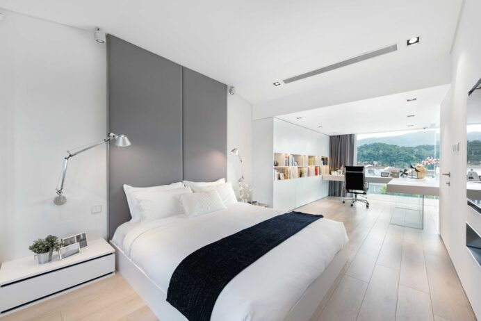 Modern-Minimalist-House-Design-with-an-Admirable-Decorating-Ideas home Minimalist Home Interior Design